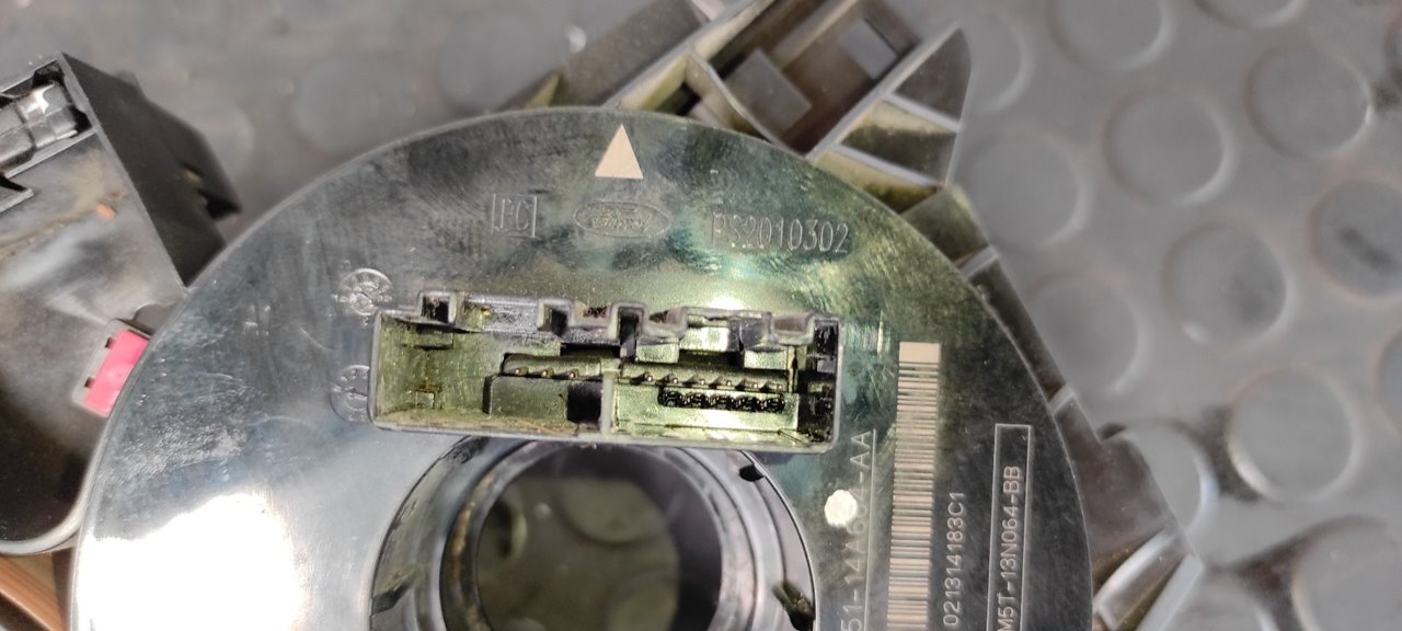 ANILLO AIRBAG FORD FOCUS TURNIER (CAK) Ghia  1.8 TDCi Turbodiesel CAT (116 CV) |   01.01 - 12.04_img_5
