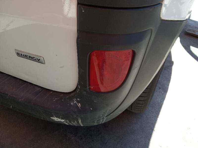 FARO ANTINIEBLA TRASERO DERECHO RENAULT KANGOO Furgón Professional  1.5 dCi Diesel FAP (90 CV)     12.11 - 12.15_img_0