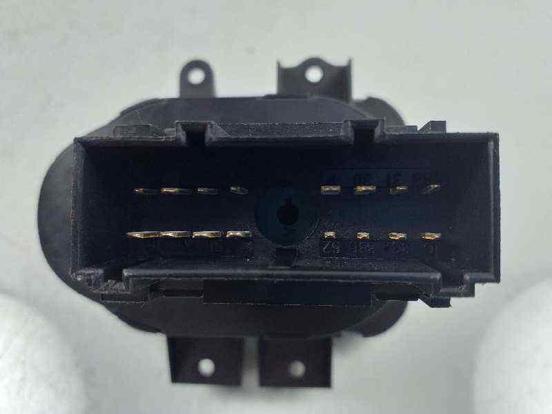 MANDO LUCES LAND ROVER DISCOVERY (...) V6 TD S  2.7 Td V6 CAT (190 CV)     08.04 - 12.09_img_2