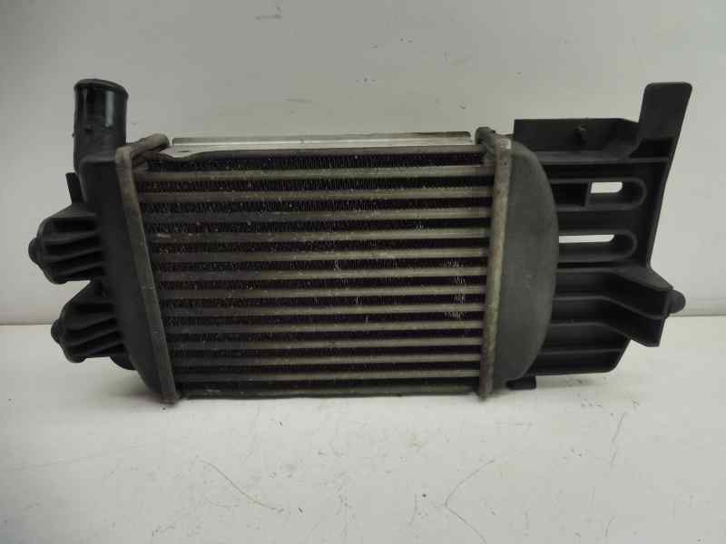 INTERCOOLER TOYOTA YARIS TS  1.4 Turbodiesel CAT (90 CV) |   11.08 - 12.10_img_0
