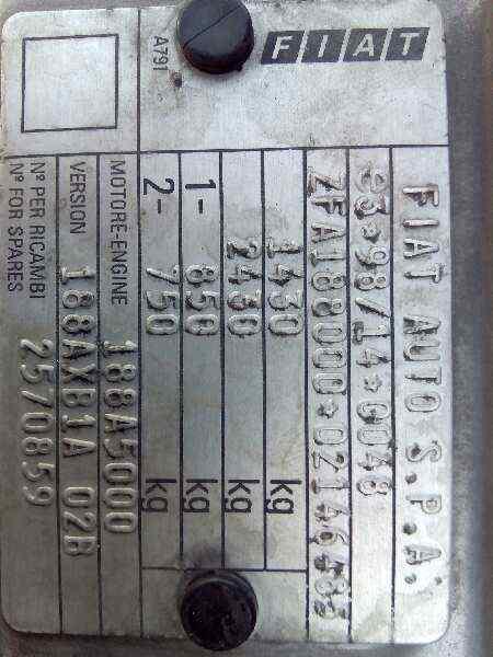 FIAT PUNTO BERLINA (188) 1.2 16V ELX   (80 CV) |   08.99 - 12.01_img_1