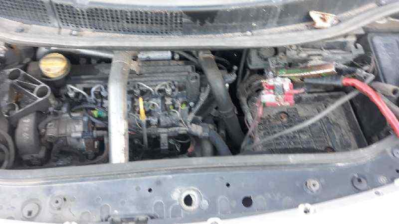 RENAULT SCENIC II Confort Dynamique  1.5 dCi Diesel (101 CV) |   06.03 - 12.05_img_3