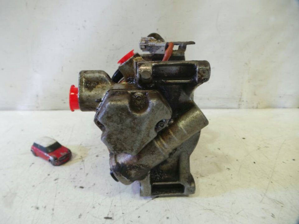 COMPRESOR AIRE ACONDICIONADO TOYOTA YARIS (KSP9/SCP9/NLP9) Básico  1.4 Turbodiesel CAT (90 CV) |   08.05 - 12.08_img_3