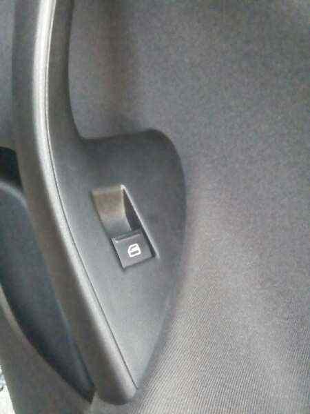 MANDO ELEVALUNAS DELANTERO DERECHO SEAT ALTEA (5P1) Reference Copa Ecomotive  1.6 TDI (105 CV) |   12.10 - 12.13_img_0