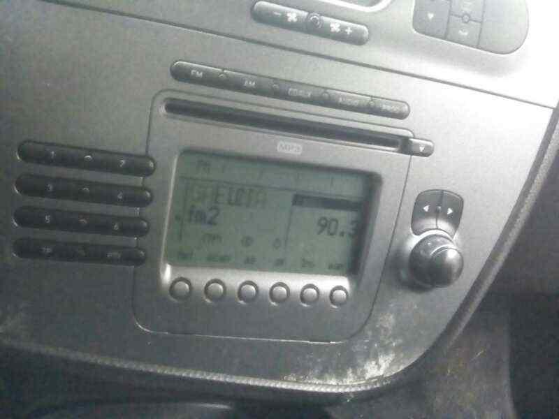 SISTEMA AUDIO / RADIO CD SEAT LEON (1P1) Stylance / Style  2.0 TDI (140 CV) |   05.05 - 12.11_img_0