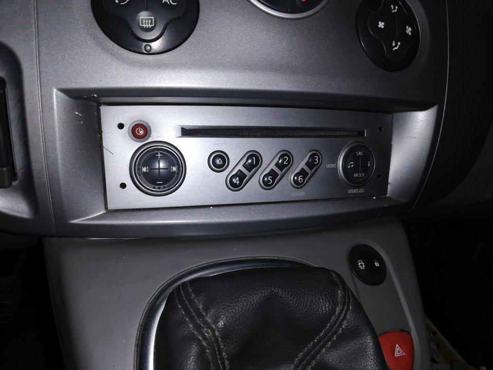 SISTEMA AUDIO / RADIO CD RENAULT SCENIC II Expression  1.5 dCi Diesel (106 CV) |   10.06 - 12.07_img_0