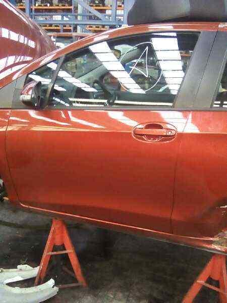 PUERTA DELANTERA IZQUIERDA TOYOTA YARIS TS  1.4 Turbodiesel CAT (90 CV) |   11.08 - 12.10_img_0