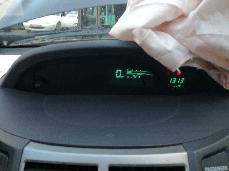 CUADRO INSTRUMENTOS TOYOTA YARIS Active  1.4 Turbodiesel CAT (90 CV) |   11.08 - 12.09_img_0