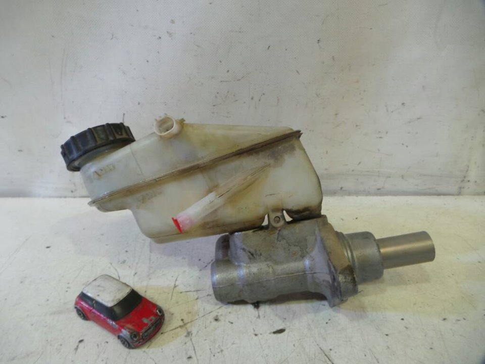 BOMBA FRENO TOYOTA YARIS (KSP9/SCP9/NLP9) Básico  1.4 Turbodiesel CAT (90 CV) |   08.05 - 12.08_img_2
