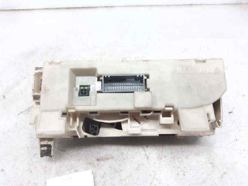 MANDO CALEFACCION /  AIRE ACONDICIONADO RENAULT LAGUNA II (BG0) Authentique  1.9 dCi Diesel CAT (101 CV)     11.01 - 12.05_img_1