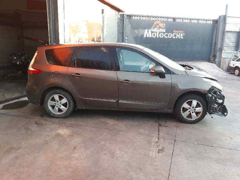 RENAULT SCENIC III Grand Dynamique  1.9 dCi Diesel FAP (131 CV) |   0.09 - ..._img_0