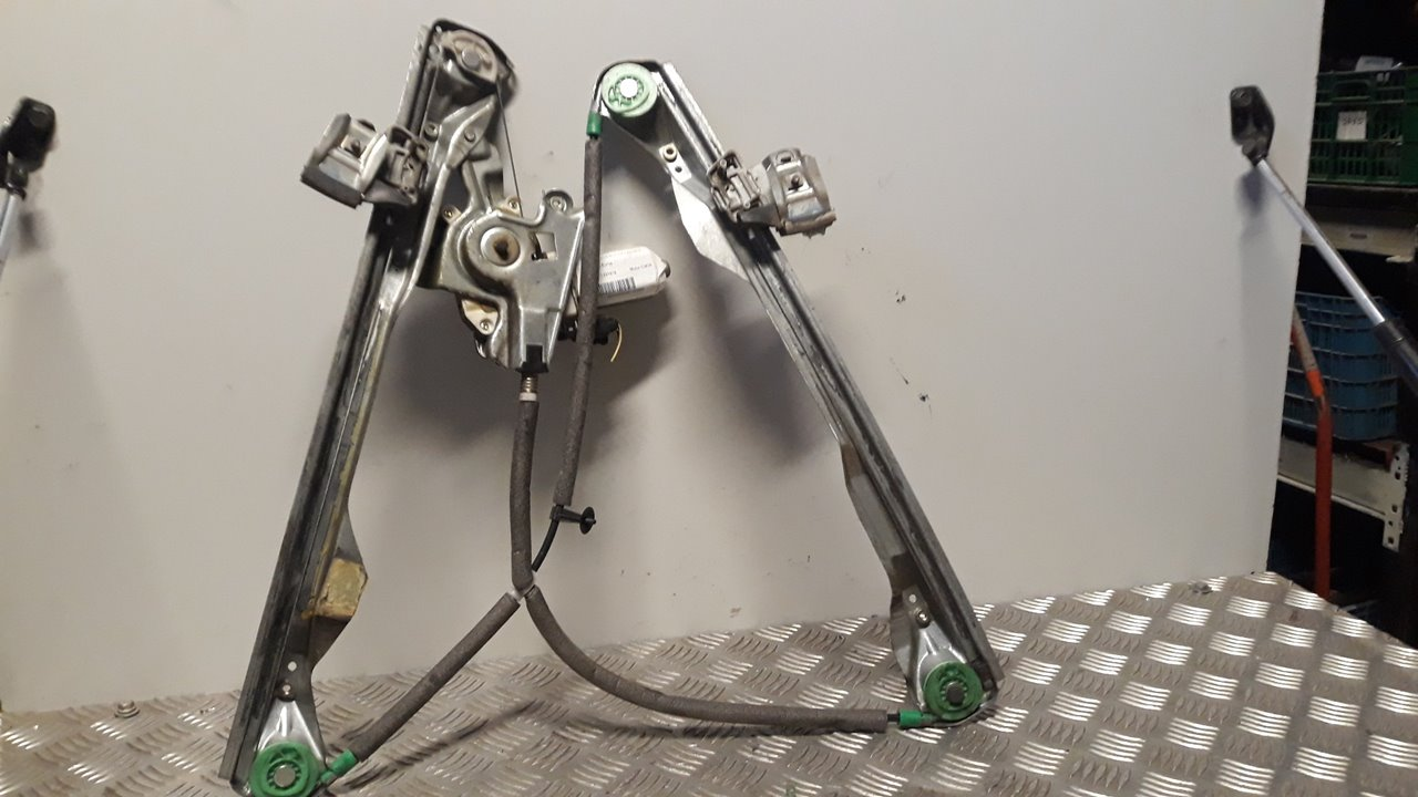 ELEVALUNAS DELANTERO DERECHO FORD FOCUS BERLINA (CAK) Ghia  1.8 TDDI Turbodiesel CAT (90 CV) |   08.98 - 12.02_img_0