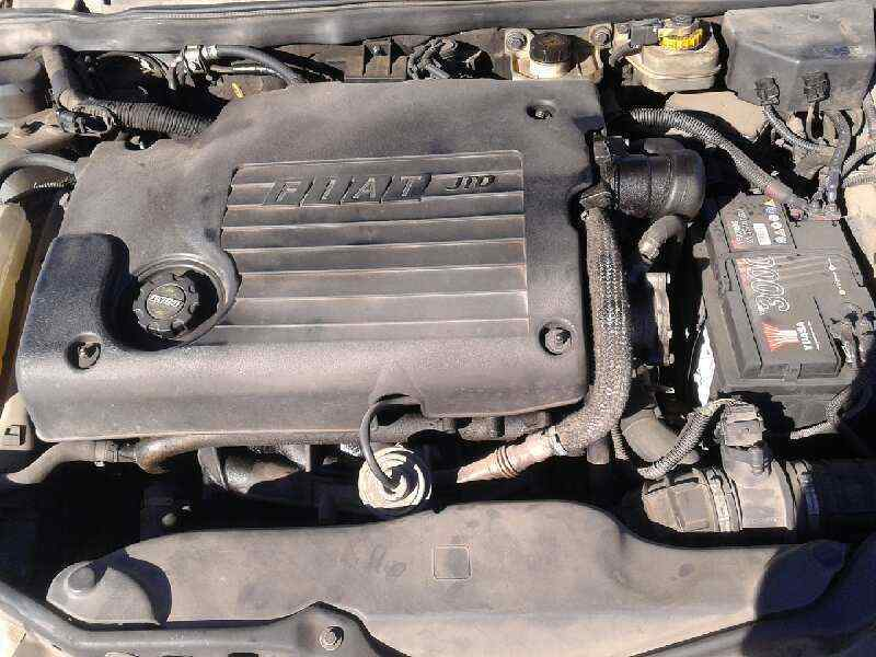 FIAT MAREA BERLINA (185) JTD 130 HLX  2.4 Turbodiesel CAT (131 CV) |   03.99 - 12.00_img_2
