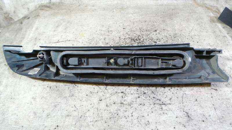 PILOTO TRASERO DERECHO RENAULT KANGOO (F/KC0) Authentique  1.9 Diesel (54 CV) |   01.01 - 12.03_img_1