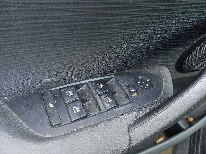 MANDO ELEVALUNAS DELANTERO IZQUIERDO  BMW SERIE X1 (E84) sDrive 18d  2.0 Turbodiesel CAT (143 CV) |   09.09 - 12.15_img_0