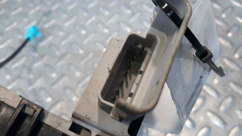 CERRADURA PUERTA TRASERA DERECHA  CITROEN C4 BERLINA Collection  1.6 16V HDi (90 CV) |   06.04 - 12.08_img_2