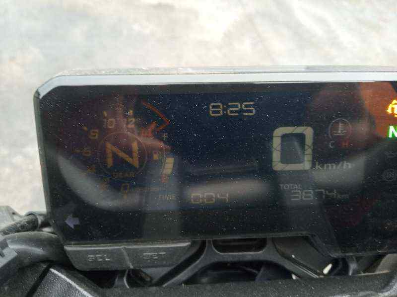 HONDA CB 650F *  649 cm3 - 66 kW (90 CV) |   0.17 - ..._img_2